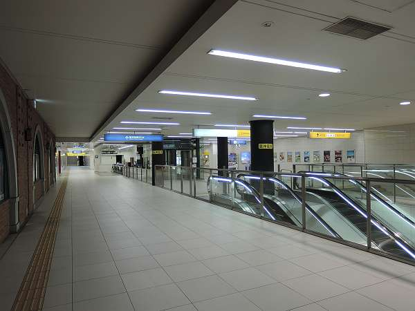 Namba_line_ground_212