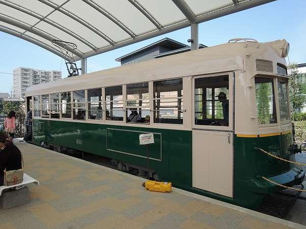 Umekoji_streetcar_18