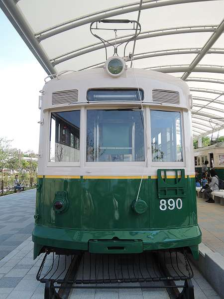Umekoji_streetcar_19