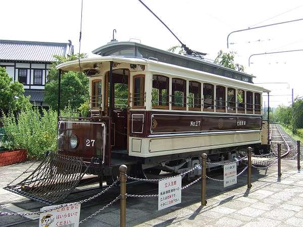 Umekoji_streetcar_203
