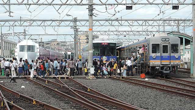 Nankai_rail_fes_216