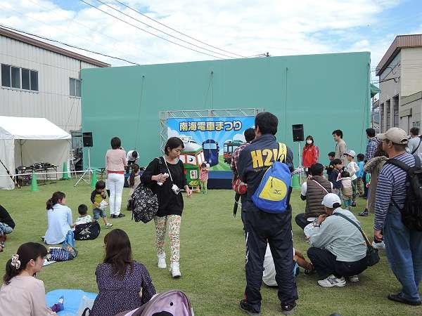 Nankai_rail_fes_305