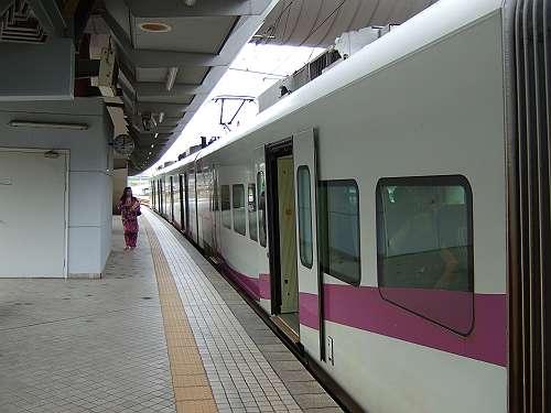 20111214121040s