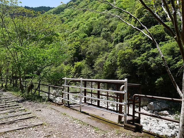 Mukogawa_river_ravine_02_03