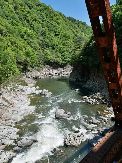 Mukogawa_river_ravine_02_17