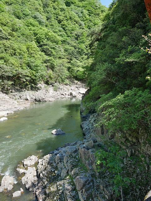 Mukogawa_river_ravine_02_22