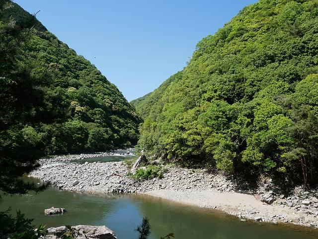 Mukogawa_river_ravine_03_27