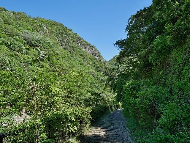 Mukogawa_river_ravine_03_30