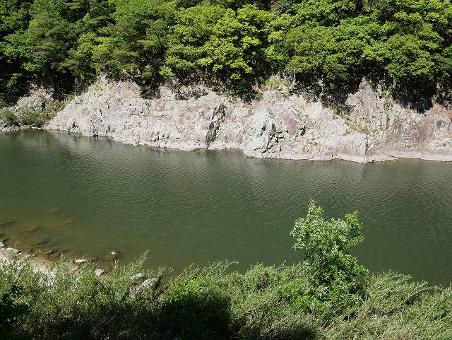 Mukogawa_river_ravine_03_33