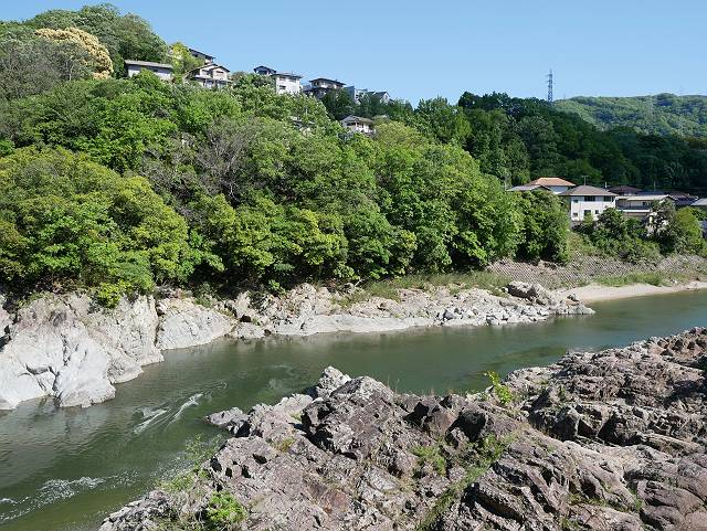 Mukogawa_river_ravine_04_21